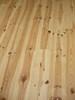 Borovicová podlaha lakovaná